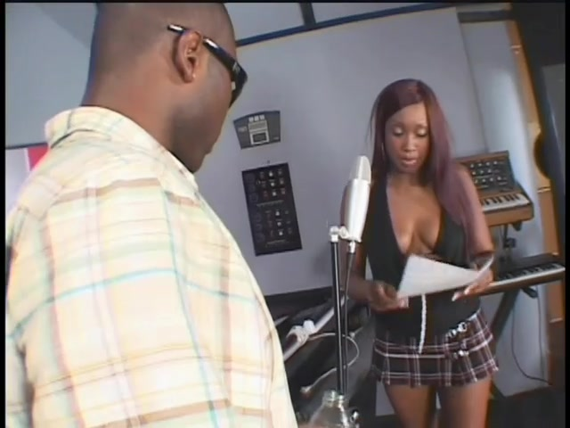 Black Babe S Pussy Fucked By The Boss