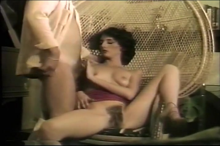 Vintage Limp Dick Gets A Blow Job