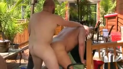 MJ - Steamy hot gay bear sex party