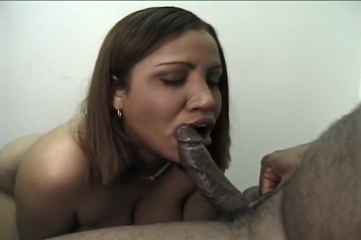Light Skinned Beauty Sucking Big Dick