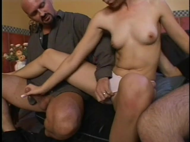 Coed Alesha Bizart Shows Her Slutty Side