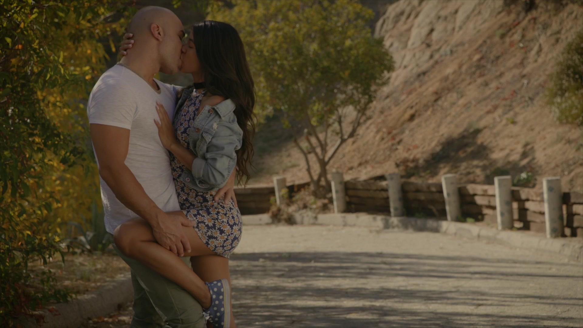 VIXEN Latina Veronica Rodriguez Seduced By Stepdad