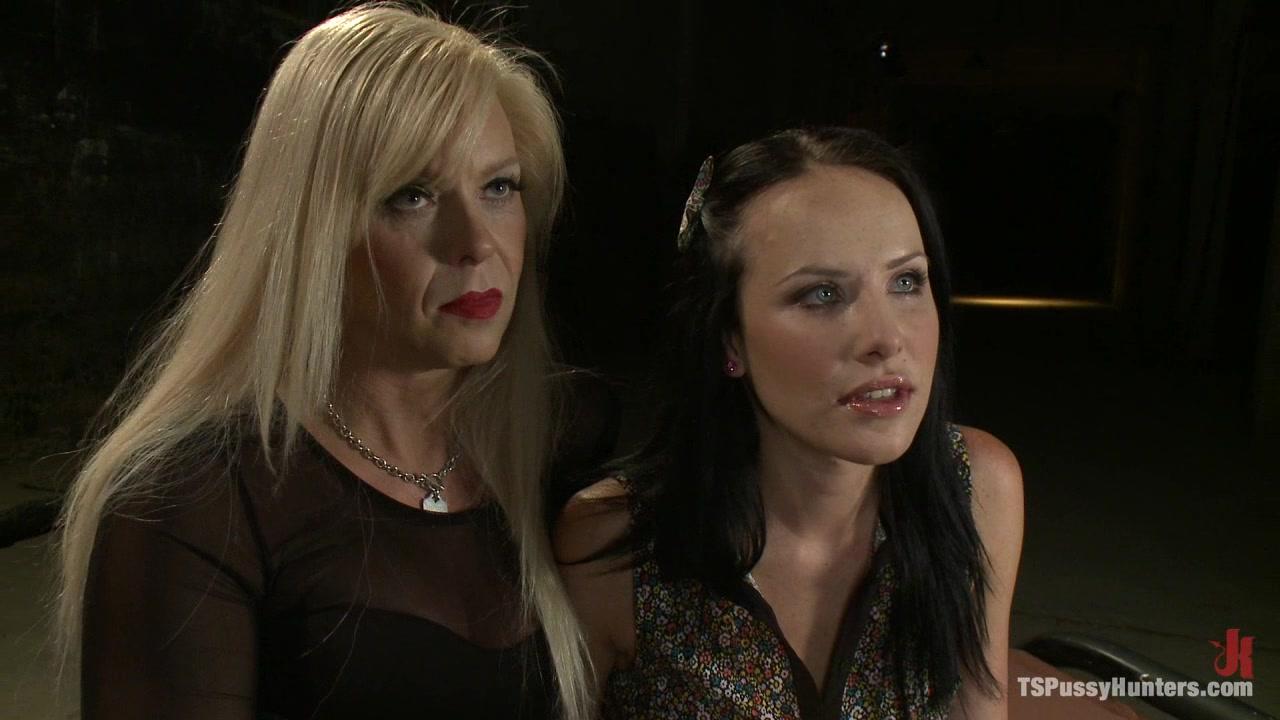 Joanna Jet Takes A Slave Girl