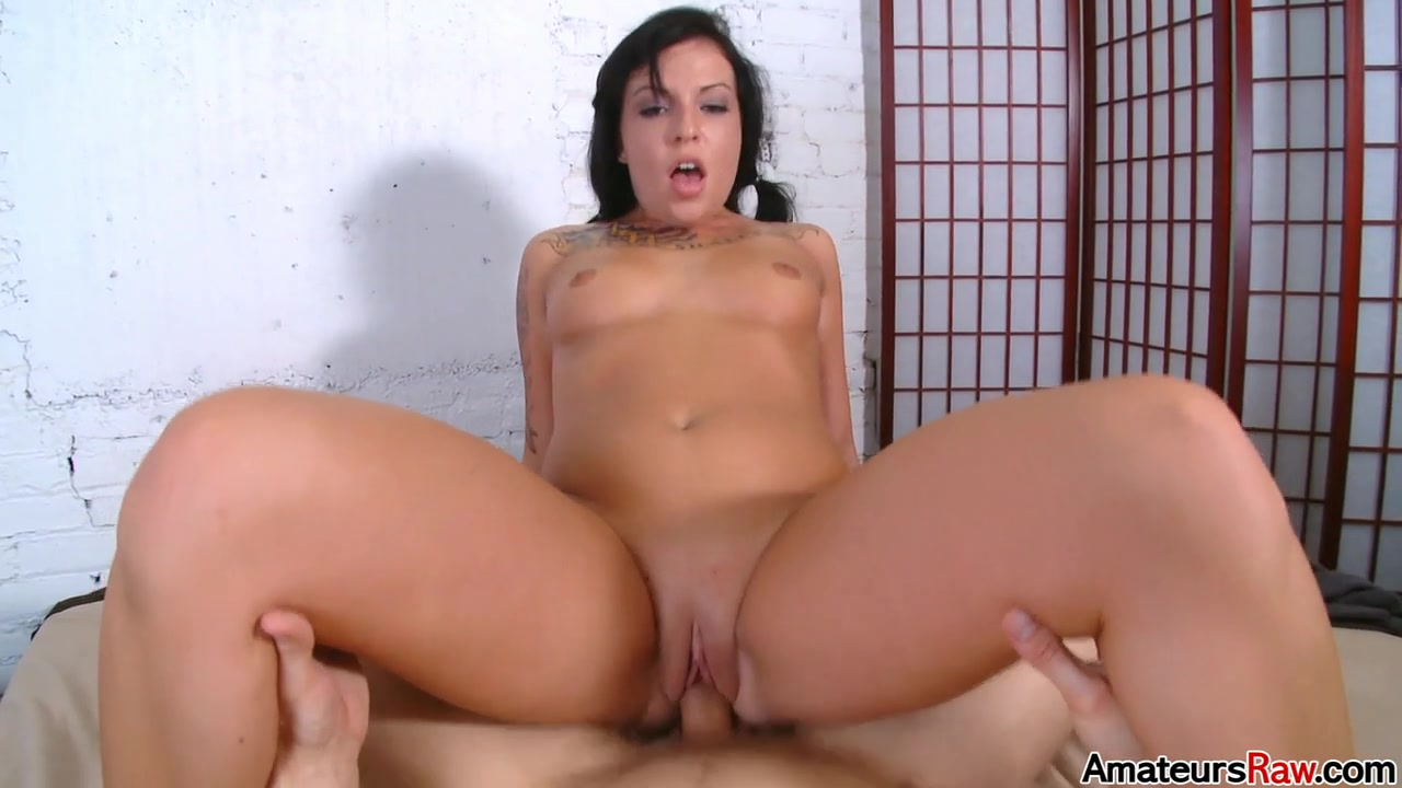 Aria Aspen in I Could Probably Have Seven Orgasms In A Row - AmateursRaw