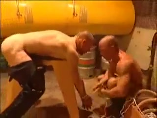 Cigar smokin dred watches his slave worked over!