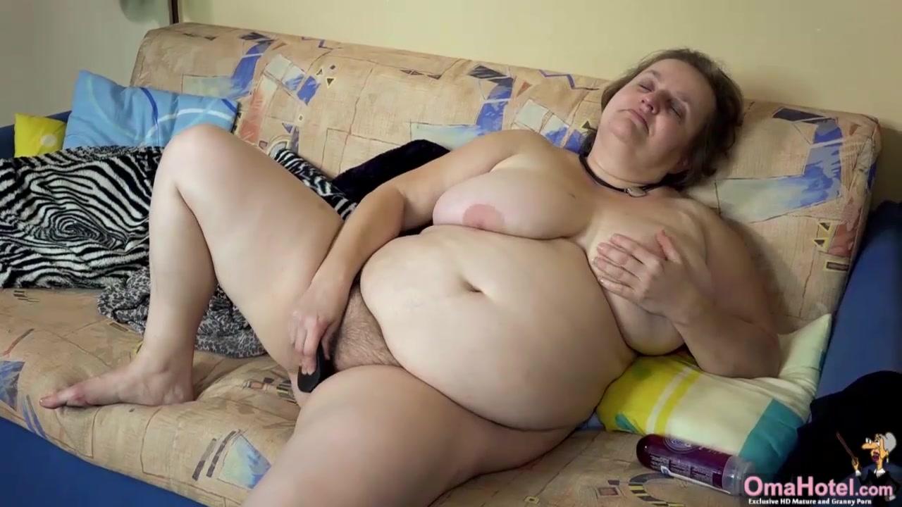 OMAHOTEL Two oldmature BBW grannies masturbation compilation