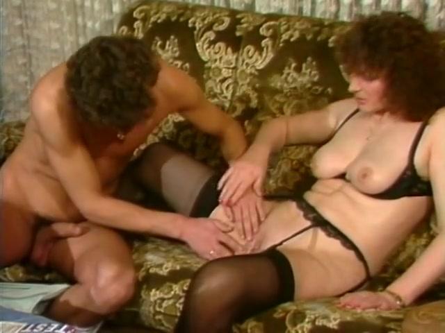 juicy mature having fun with her junior lover