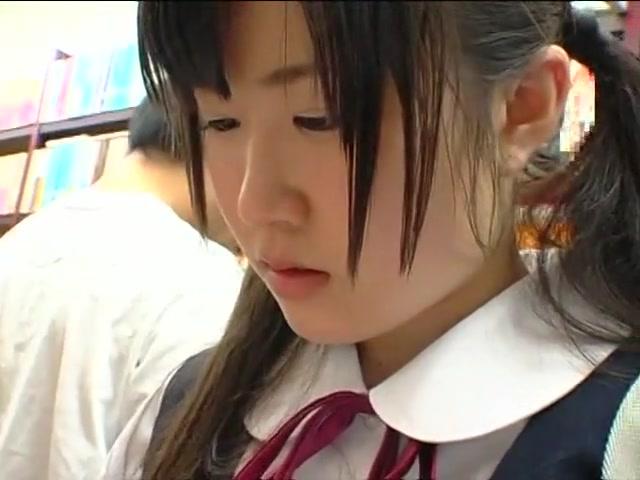 Chikan 028