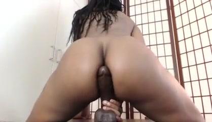 sexy ebony dildo ride until she squirts