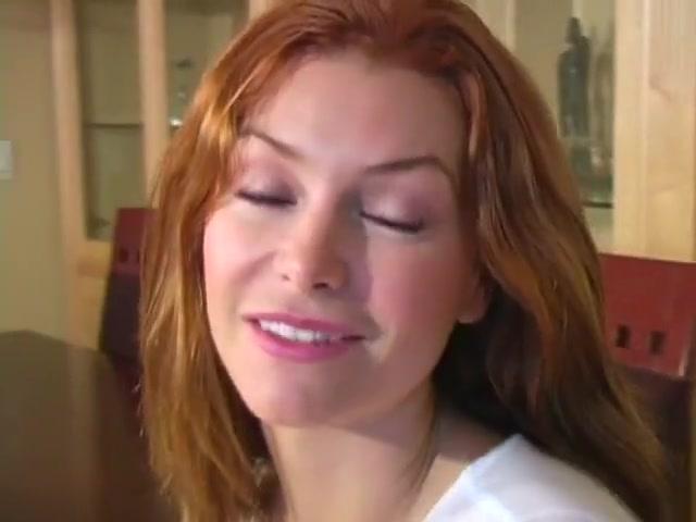 Heather Vandeven-Gorgeous Redhead