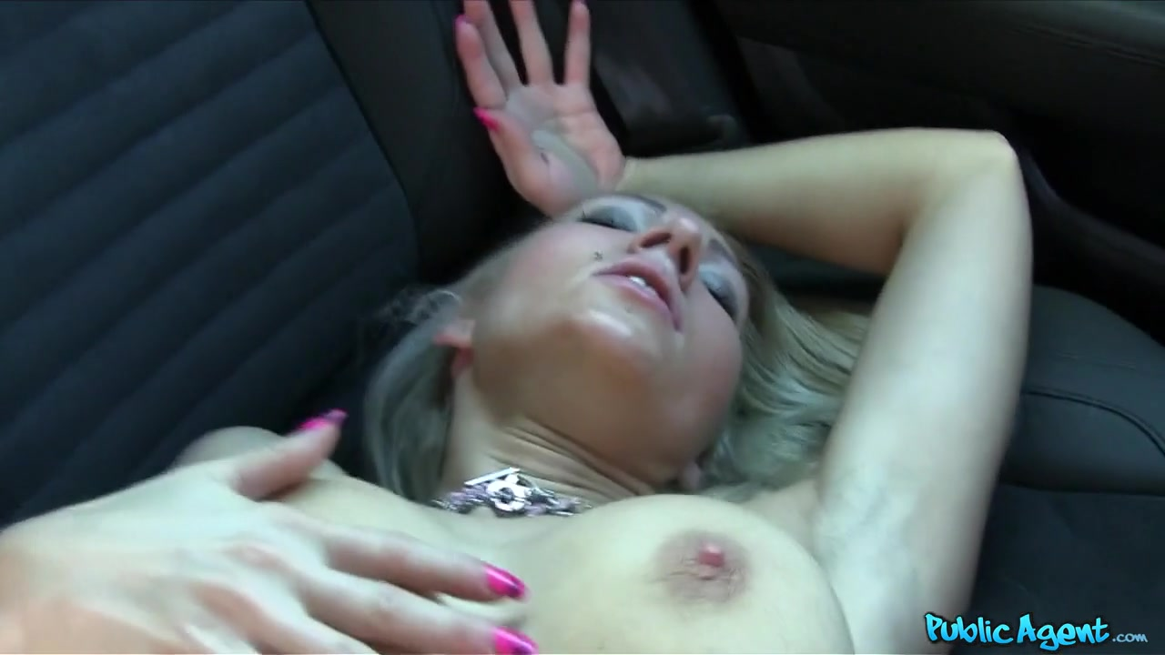 Vanessa in Hot Tattooed Blonde Fucked in a Car - PublicAgent