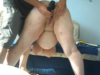 Mature BBW babe with big butt enjoys spanking