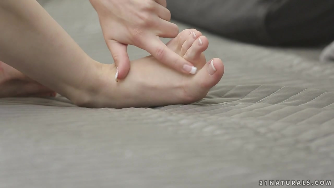 21Naturals Video: Salve for the soles