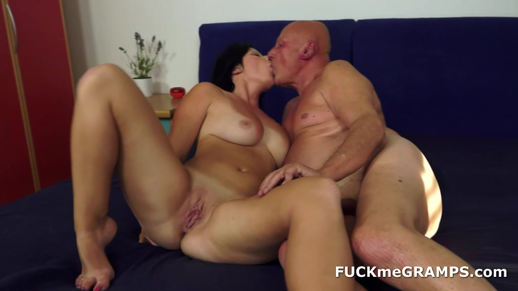 Girl gets fucked in every hole