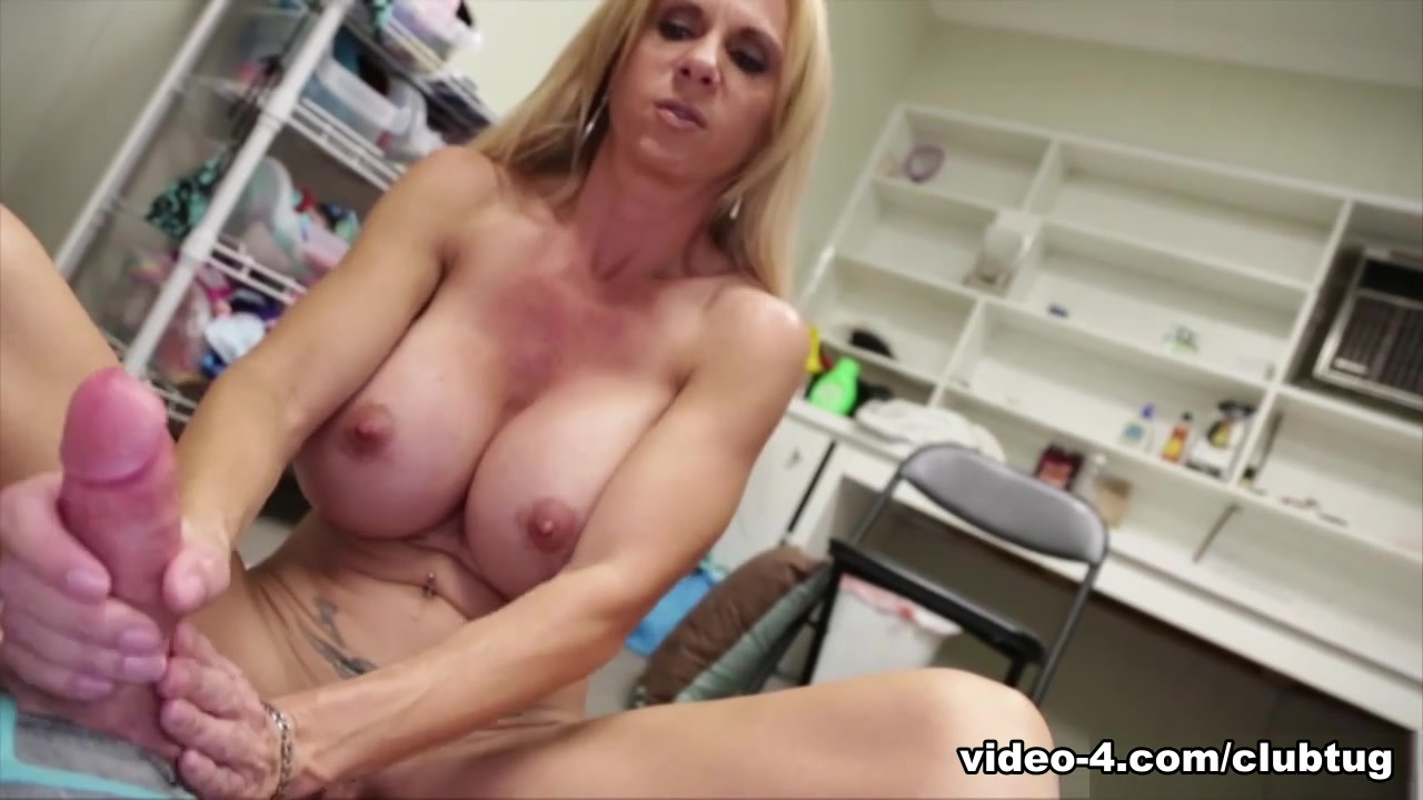 brooke tyler milking with my mounds - clubtug