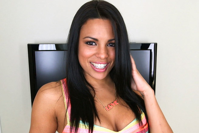 Pretty Latina girl loves the taste of cum...