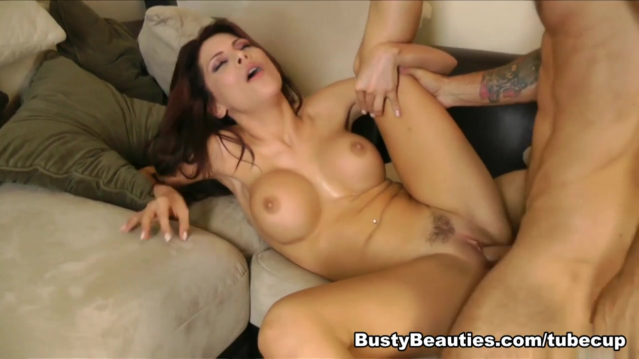 Aleksa Nicole in All New Beaver Hunt #13