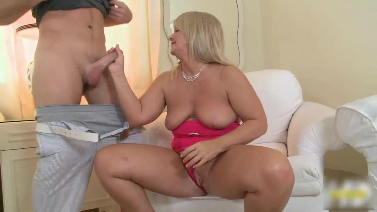 Video Milf Kelly Alston 32