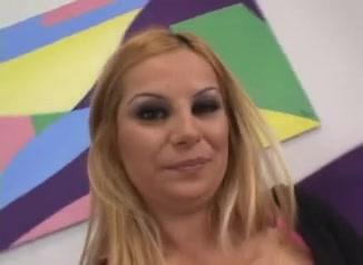 do you like whore milfs??