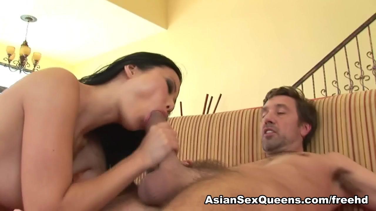 Niya Yu in Asian Hardcore Scene