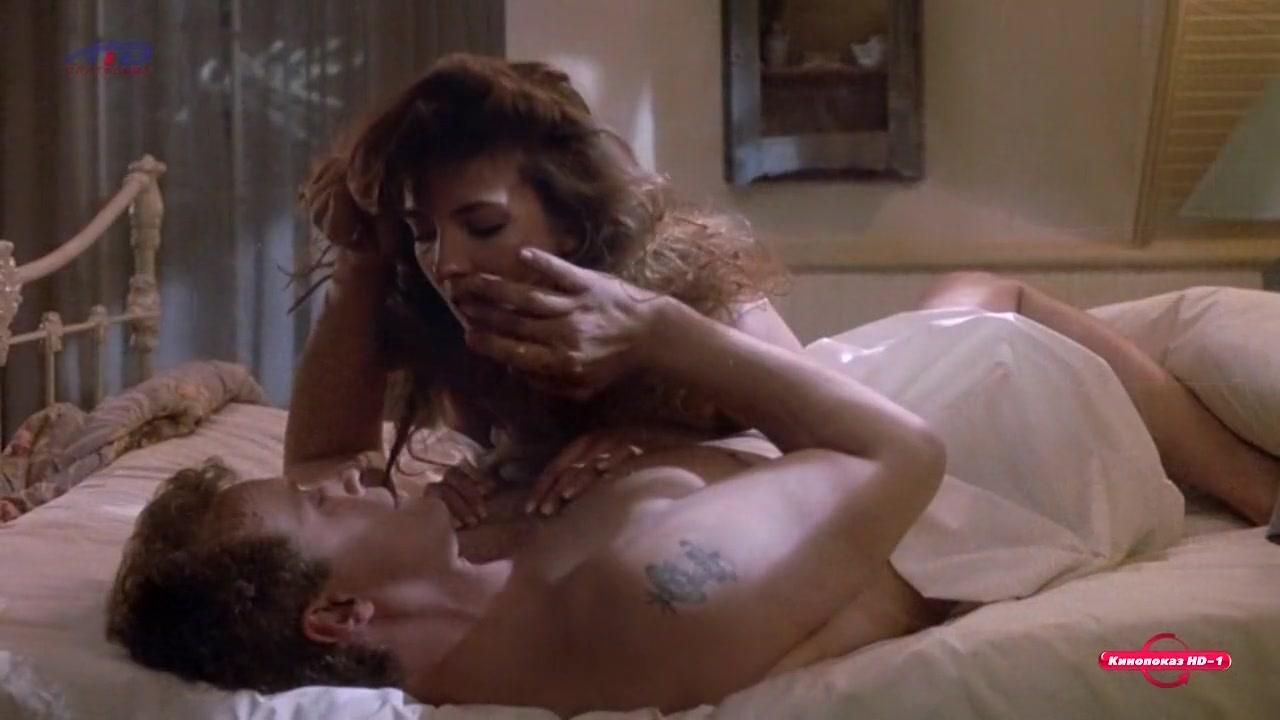natasha richardson - past midnight (1991)