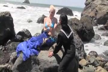 la chica y la sirena
