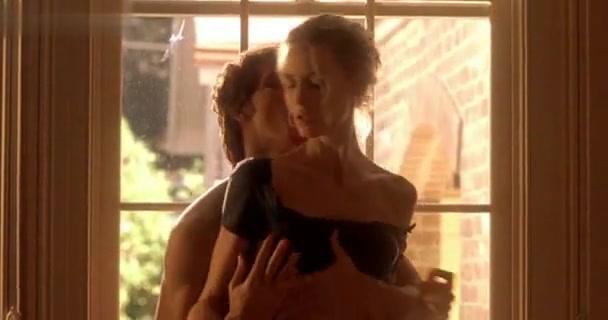 Saffron Burrows in Tempted (2001)