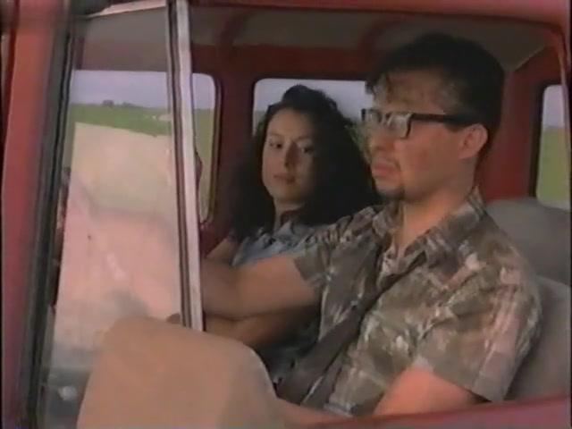 Charlene Fernetz,Jennifer Tilly in Heads (1993)