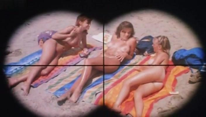 Gayle Gannes,Various Actresses,Monique Gabrielle,Tami Holbrook,Deborah Richter in Hot Moves (1984)