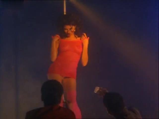 Elisa Leonetti,Teri Ann Linn in Pure Danger (1996)