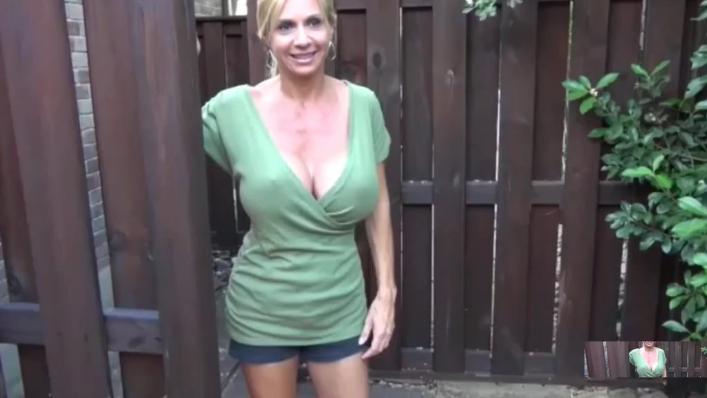 the best way of oiled big tits is with big oiled tits