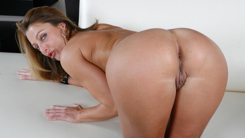 Бренда джеймс фото порно