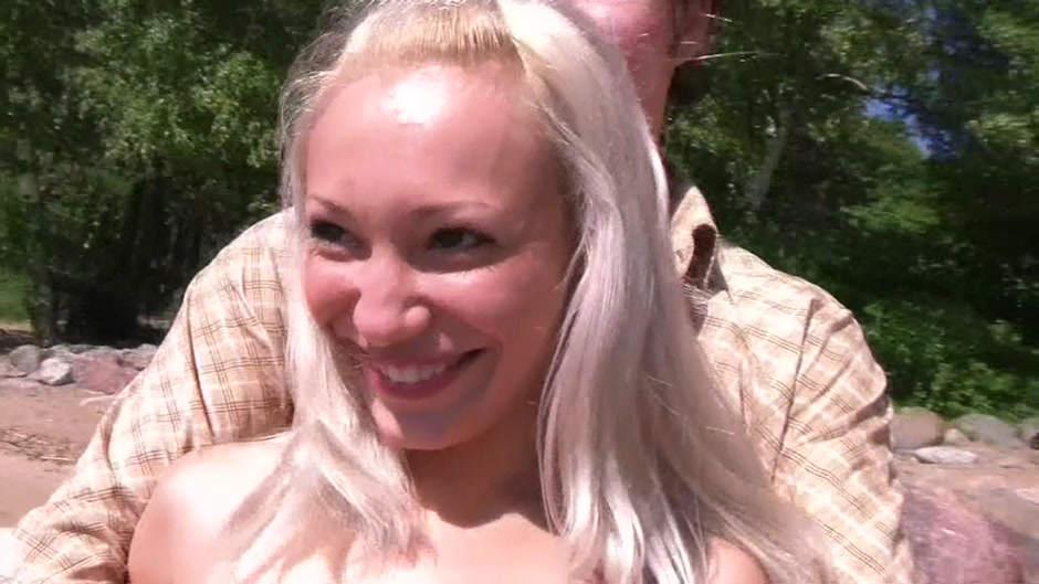 Aliciana in outdoor sex vid showing a couple making sweet love