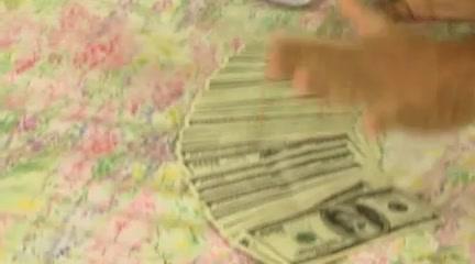 Asha Bliss - Il profumo dei soldi