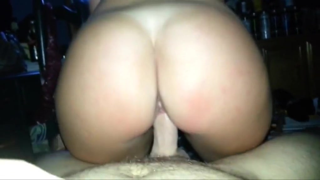Girl With Bubble Butt Rides Cock