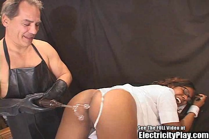 Hot Black Chick Astant to Psycho BDSM