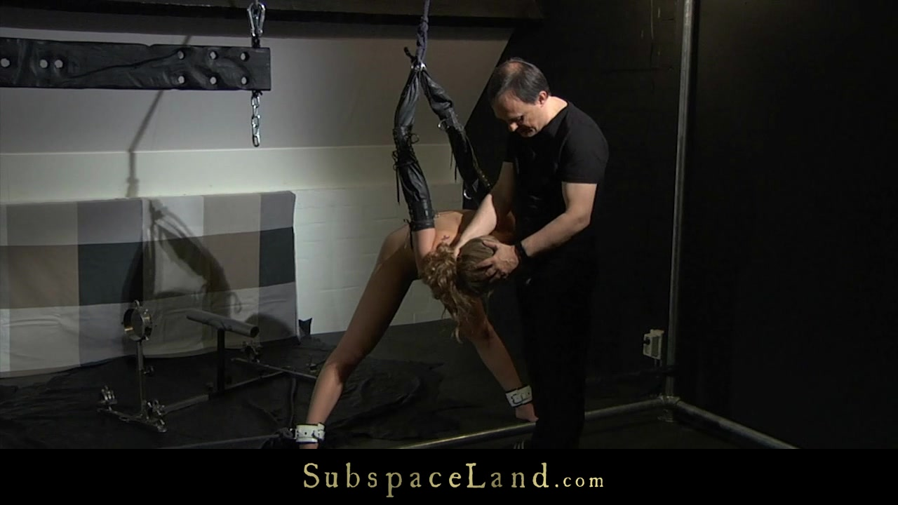 Hardcore mouth fuck and doggie in bdsm fantasy