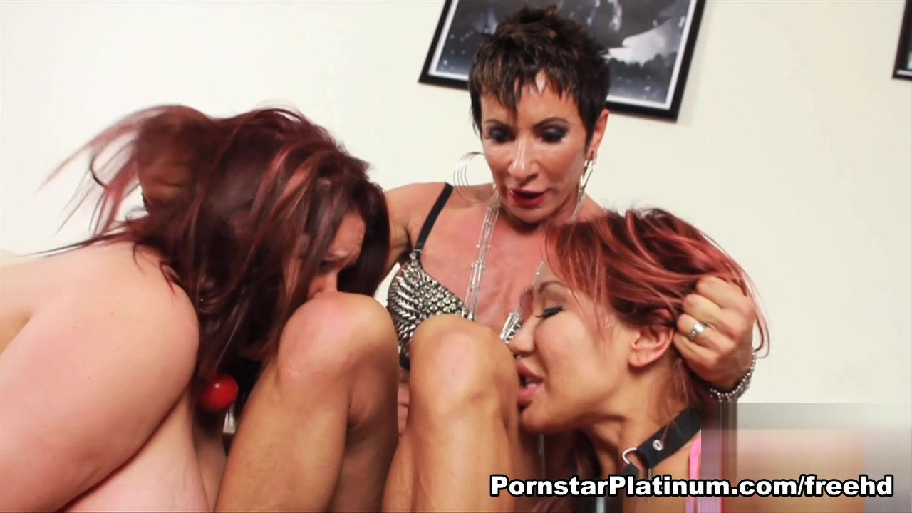 Ava Devine with Sexy Anna and Paige Reign