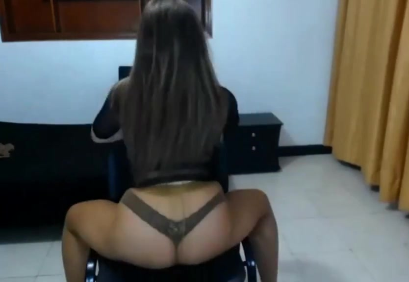 Video 514080404: pantyhose dance, big ass amateur brunette, big ass stockings