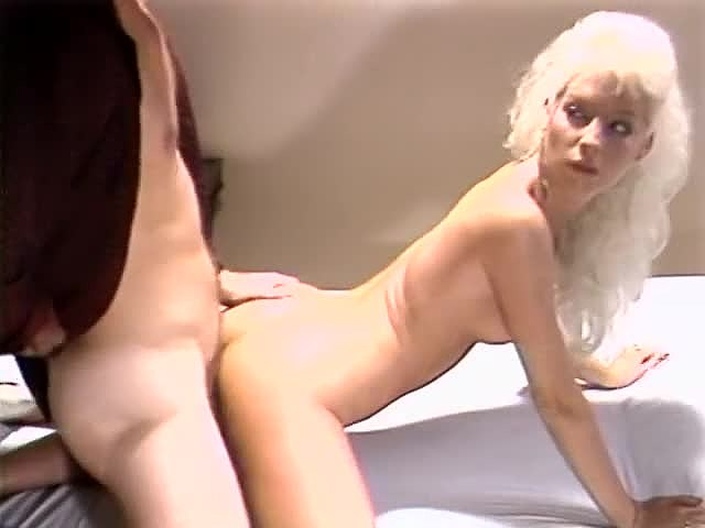 Aja, Dana Lynn, Kathleen Gentry in classic sex clip