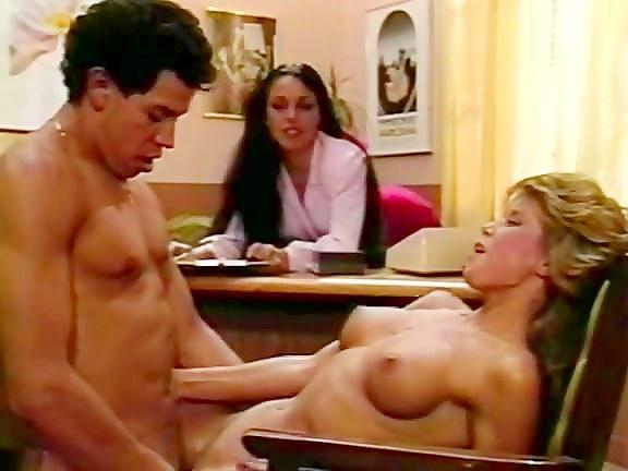 kak-erotichno-pozdravit-s-dnem-rozhdeniya-muzha