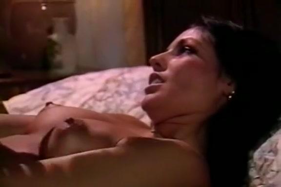Hyapatia Lee, Joey Silvera in explosive orgasms in hot vintage erotica