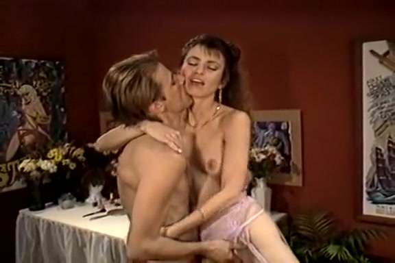 Jessica Wylde, Jon Martin in extremely hot vintage porn video