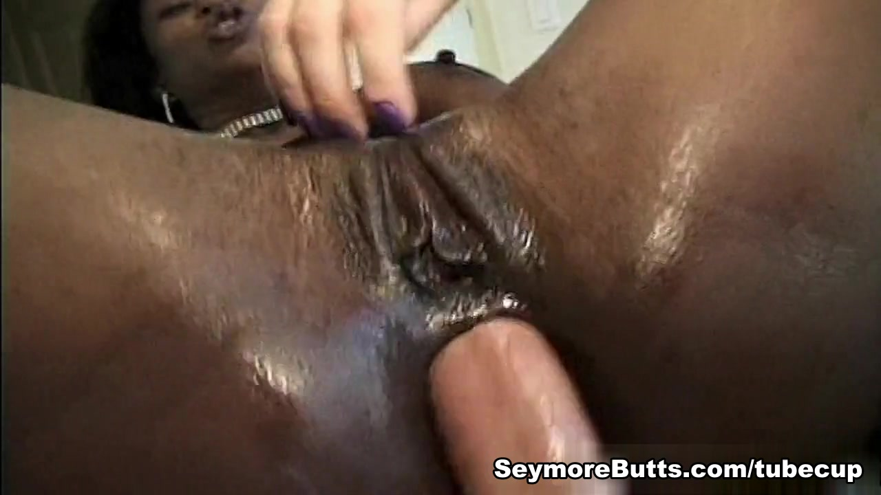 Alisha Klass & Mary Jane in Interracial Squirt