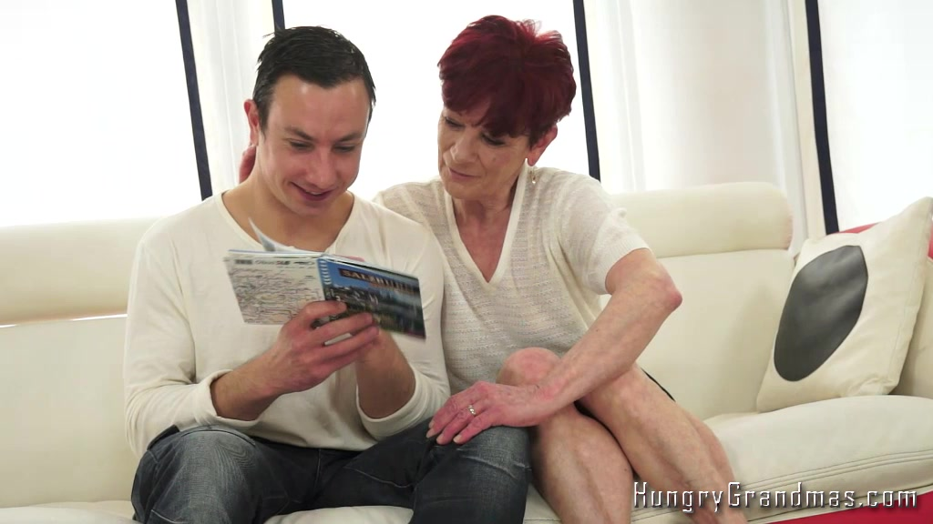 Mature Enjoys Giving Great Blowjob