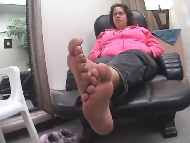 Video 801216504: foot fetish soles feet, amateur foot fetish, public foot fetish