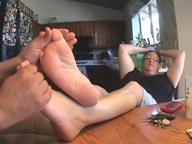 Video 802996704: foot fetish soles feet, amateur foot fetish, public foot fetish