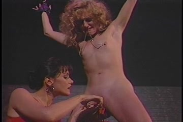 Lesbian BDSM Dominattion