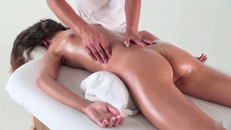 Відіо лісбіянок на масажі