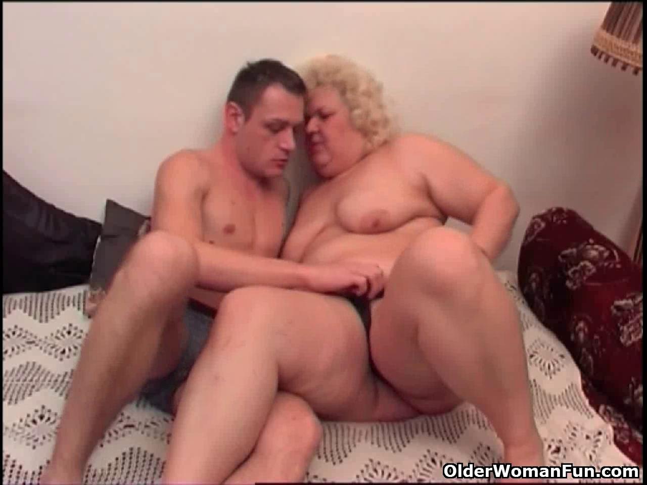 Никогда секс с толстыми старыми женщинами этом, Паша